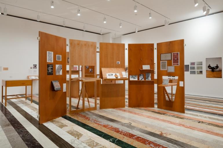 Desde Alemania llega Pasajeros 04 de Anni Albers al Museo Jumex de la Ciudad de México