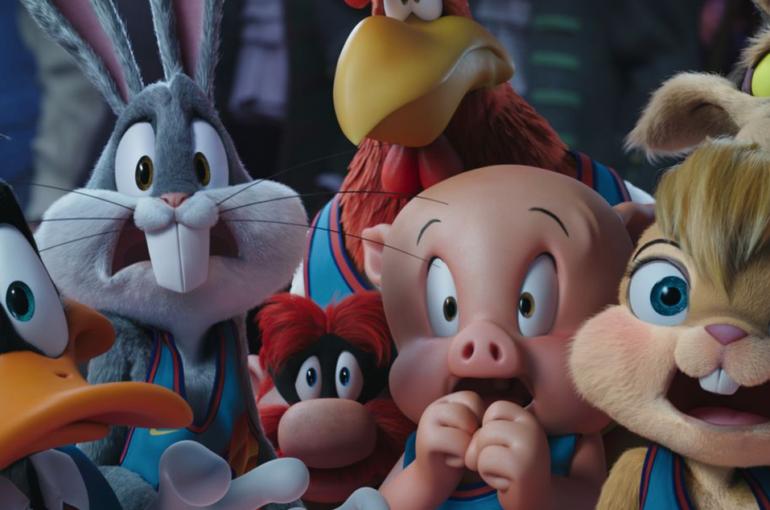 """""""Eso es todo, Black Widow"""" Bugs Bunny y sus amigos dominan taquilla y al público"""